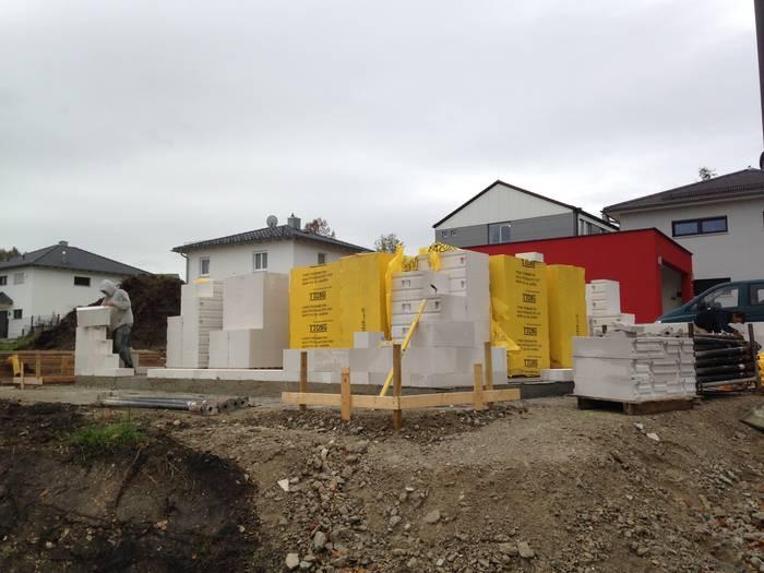 Bungalow Behringen: Aktuelle Baustellen Von Feiner Hausbau Aus Denkendorf